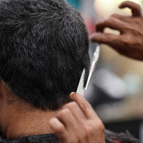 hairdresser-3572052_1920